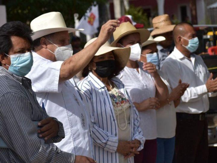 Salud digna para todos ofrece candidato de Morena en Hueyapan