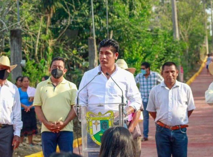 Concluida veda electoral, reinician obras en Santiago Tuxtla