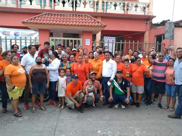 Ople entrega constancia de acreditación a Manuel Rojas Montané como alcalde electo de Saltabarranca