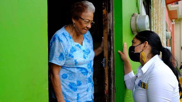 """Vamos a encabezar un gobierno que empoderará a las mujeres """": Kristel Hernández"""