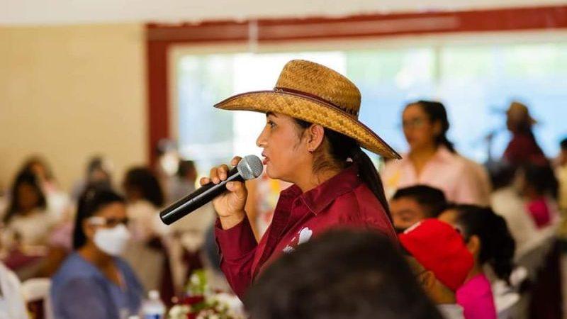Liliana Castro continúa sumando simpatías a su proyecto