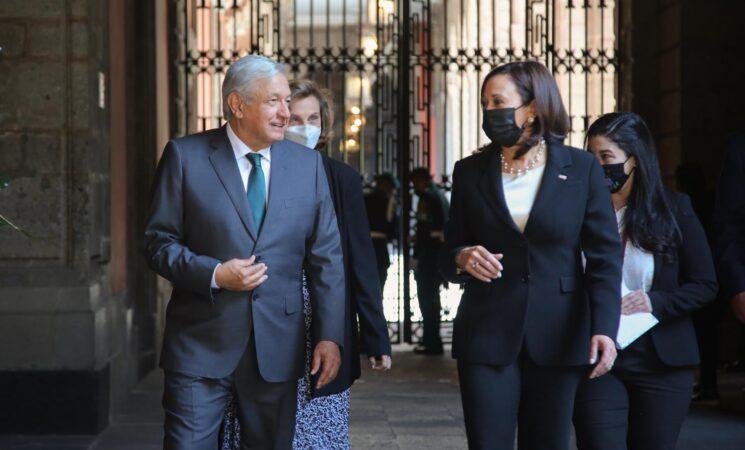 AMLO dialoga sobre migración con vicepresidenta de Estados Unidos, Kamala Harris
