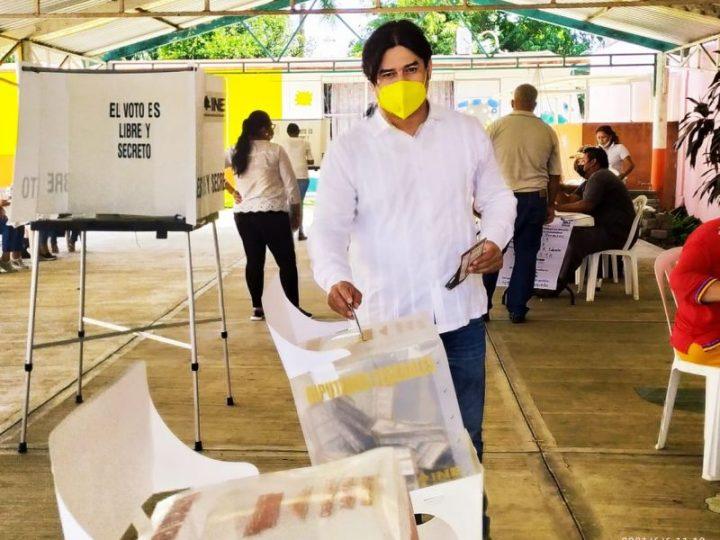 Elecciones 2021. Así fue el voto de Elvis Herviz Pérez, en Cabada